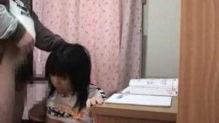 家教強姦幼齒女學生