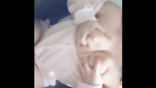 粉紅頭+雪白奶,可愛萌妹自己玩到噴水!