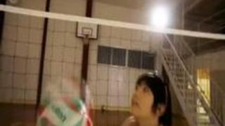【スポーツ娘】日本一可愛いアタッカーという噂の長身の巨乳JDがAVデビュー作で感じまくる乱交SEX!(企画)(3P)