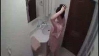 [姉弟相姦]セックス目的の鬼畜なクズ弟がお姉さんを風呂で強姦「外に出して!」外出し無視して孕ませ種付け[長澤あずさ]