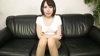 日本のアマチュアはすばらしいフェラチオ&フェイシャルを演じる