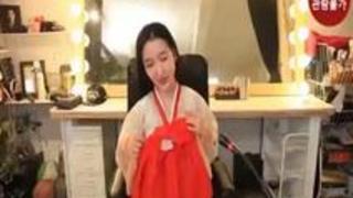 韓国ライブチャット美女がコスプレからのオナニーで絶頂!チマチョゴリ編.mp4