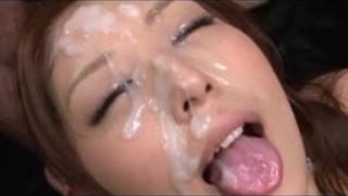 【人妻ぶっかけ】巨乳の人妻お姉さんのぶっかけプレイ動画。【Pornhub】