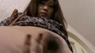 毛深い日本の熟女レズビアン