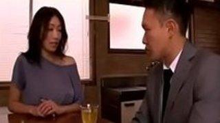 【xvideos】巨乳の熟女痴女人妻の、小早川怜子のパイズリ訪問誘惑セックス中出し無料H動画!【小早川怜子動画】