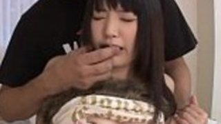 東洋女子高生の指のクソの行為