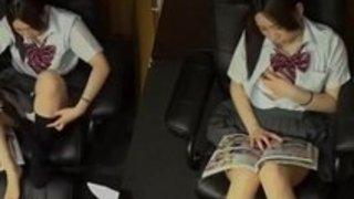 【女子校生オナニー】制服の女子校生のオナニー盗撮プレイエロ動画!【xvideos動画】