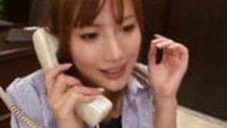 電話のアジア秘書官