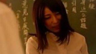 日本人女性教師が強姦を強制した1- WWW.JAV24.ML