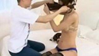 日本の短い男は超高貴なモデルを性交する - もっとElitejavhd.comで
