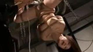 【川上ゆう羞恥】白肌でエロい巨乳の熟女、川上ゆうのSM調教緊縛プレイエロ動画!!